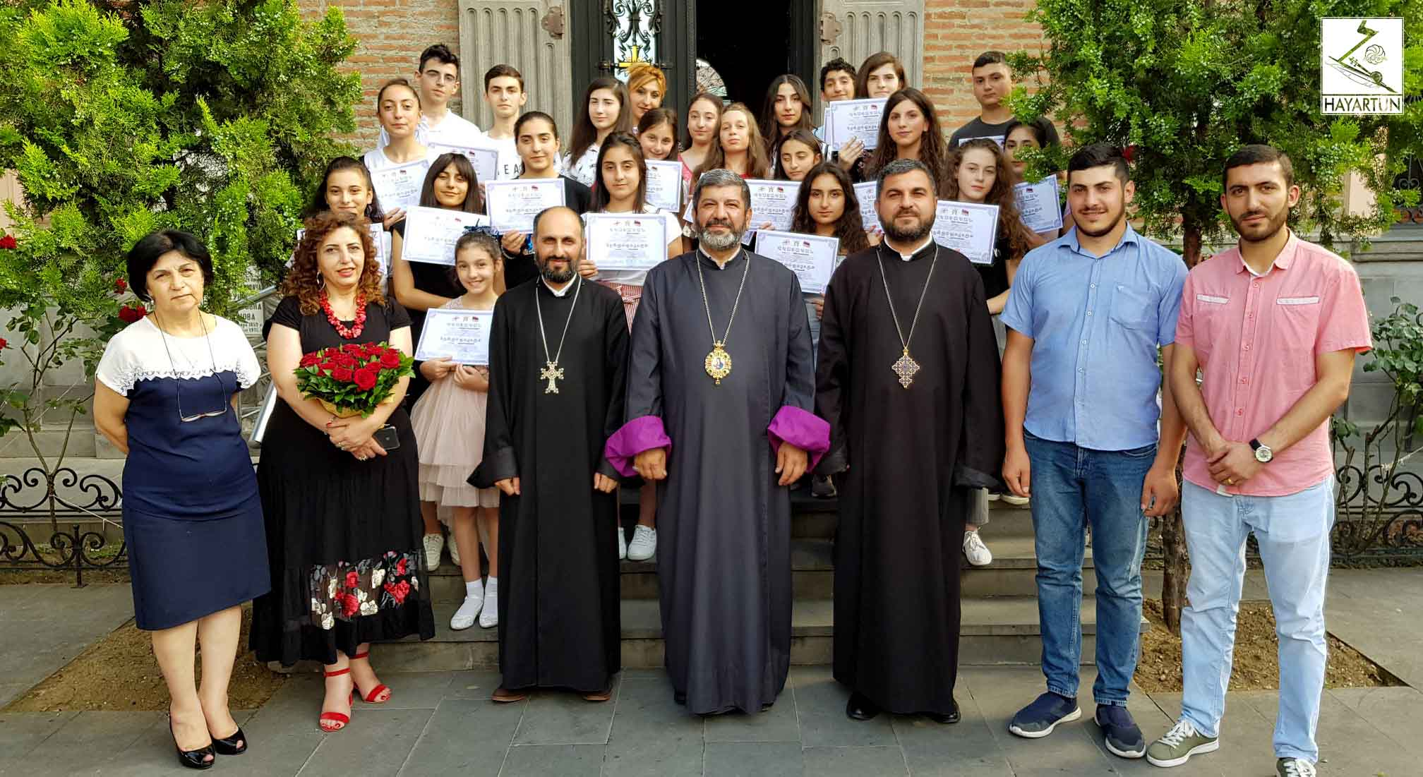 Graduates of one-day school of the Armenian Diocese in Georgia received certificates