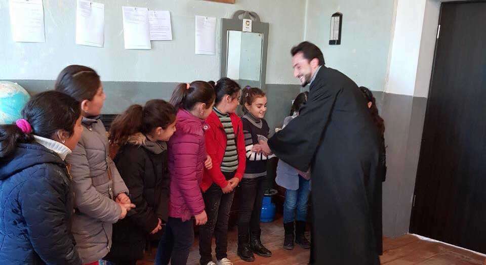 Visit to Armenian Public School in Bolnis Khachen