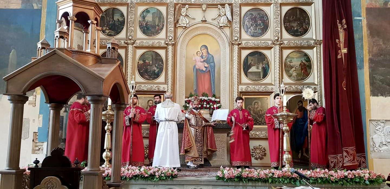 იესო ქრისტეს წმინდა აღდგომის დღესასწაული თბილისის სომხურ ეკლესიებში